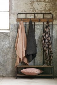 Wood and metal coat hanger - Industrial lighting - Introducing an industrial design to your home interior