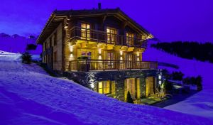 Uberhaus - Head off-piste to find the supreme ski chalets
